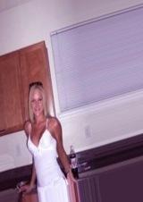 single woman in Lowell, Massachusetts
